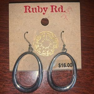 Ruby Rd. Silver dangling earrings
